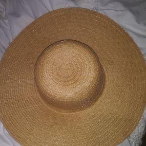 Beige Oversized Floppy Straw Hat